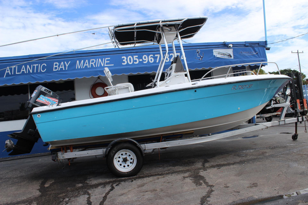 Used Sunbird 200 Neptune Center Console Fishing Boat For Sale