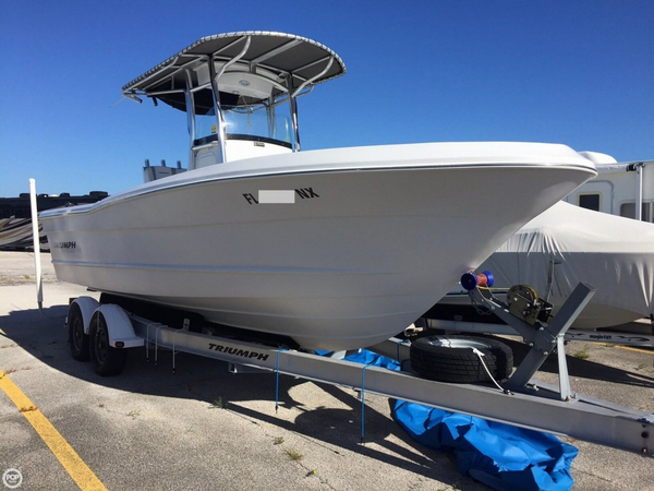 Used Triumph 235cc Center Console Fishing Boat For Sale