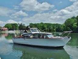 Used Owens 32 Sedan Trawler Boat For Sale