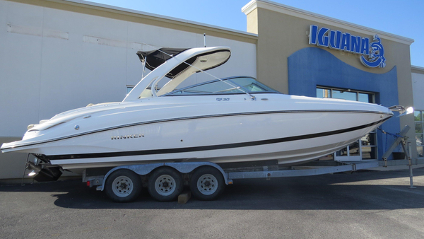 New Rinker QX 30 Bowrider Boat For Sale
