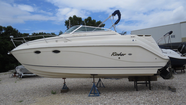 Used Rinker Fiesta Vee 270Fiesta Vee 270 Cruiser Boat For Sale