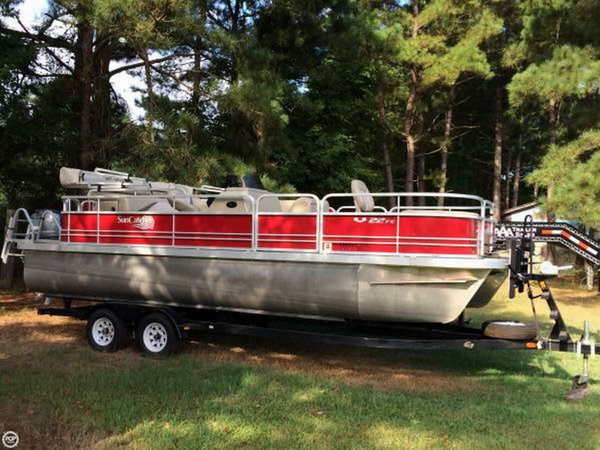 Used G3 Suncatcher V22FC Pontoon Boat For Sale