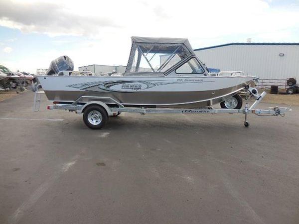 2016 New Hewescraft 200 Sportsman Aluminum Fishing Boat