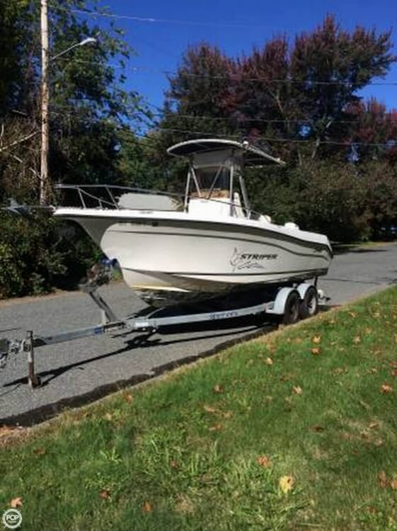 Used Seaswirl Striper 2101 Center Console Fishing Boat For Sale