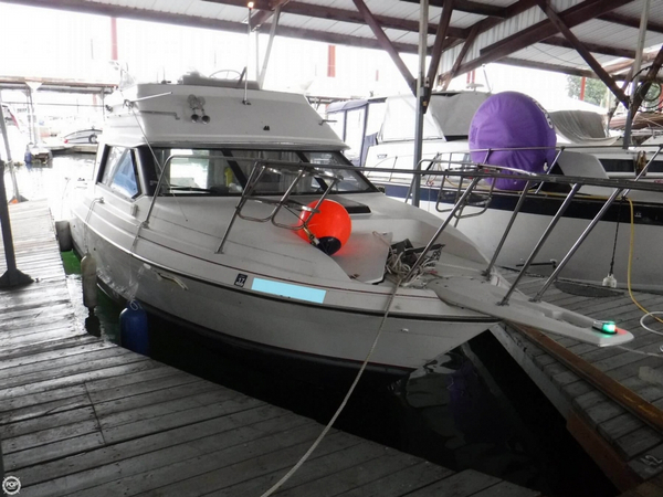 Used Bayliner Ciera 2556 Convertible Sports Fishing Boat For Sale