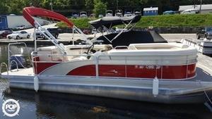 Used Bennington 21 SLX Pontoon Boat For Sale