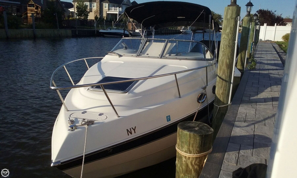 Used Stingray 240CS Express Cruiser Boat For Sale