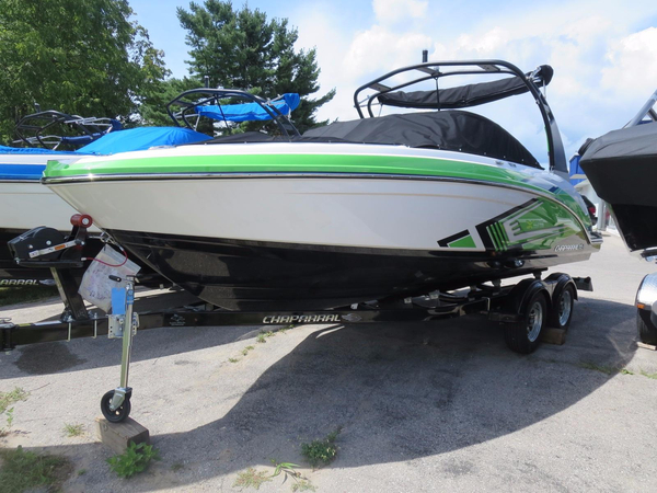 New Chaparral VORTEX 223 VRX Ski and Wakeboard Boat For Sale