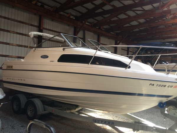 Used Bayliner 222 Classic Cruiser Boat For Sale