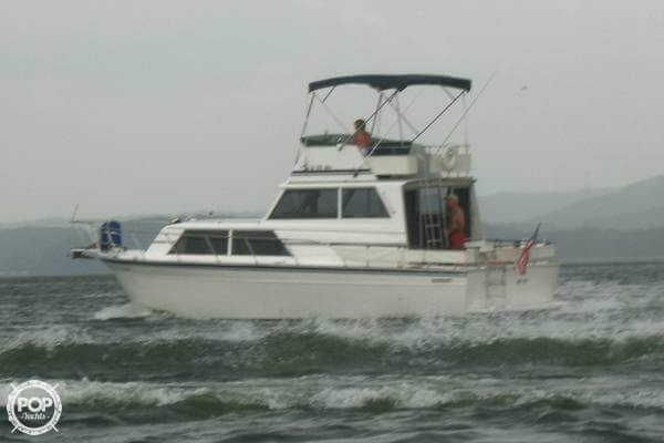 Used Marinette 32 Sedan Aft Cabin Boat For Sale