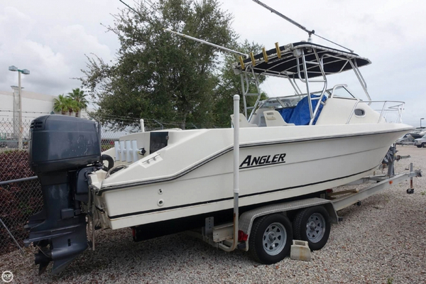 Used Angler 2550 Walkaround Fishing Boat For Sale