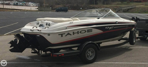 Used Tahoe Q4i SF Bowrider Boat For Sale