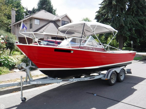 Used Chris-Craft 22 Cavalier Cutlass Antique and Classic Boat For Sale