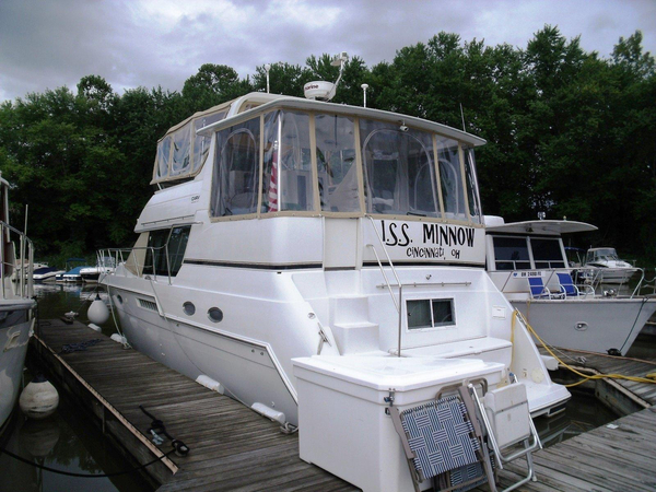 Used Carver 406 Motor Yacht Fresh Water Motor Yacht For Sale