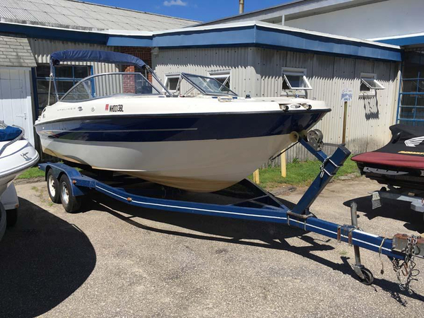 Used Bayliner 219 SD Bowrider Boat For Sale