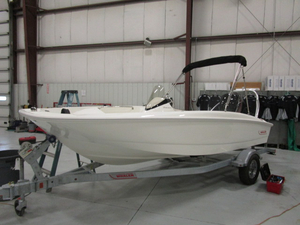 New Boston Whaler 170 Super Sport Ski and Wakeboard Boat For Sale