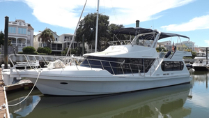 Used Bluewater 48 Coastal Cruiser Motor Yacht For Sale