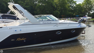 Used Rinker Fiesta Vee 270 Express Cruiser Boat For Sale