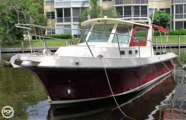 Used Albin Yachts 28 Tournament Express Sports Fishing Boat For Sale