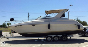 Used Regal 322 Commodore Express Cruiser Boat For Sale