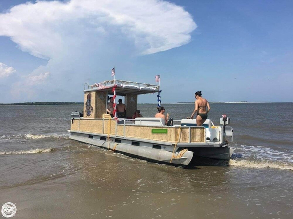 Used Sun Tracker Party Hut 30 Pontoon Boat For Sale