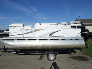 Used Apex Qwest 7516 Adventure Cruise Pontoon Boat For Sale