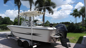 Used Hydra-Sports VECTOR 2000 CC Center Console Fishing Boat For Sale