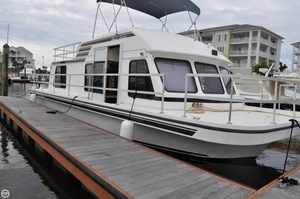 Used Gibson Sport Series House Boat For Sale