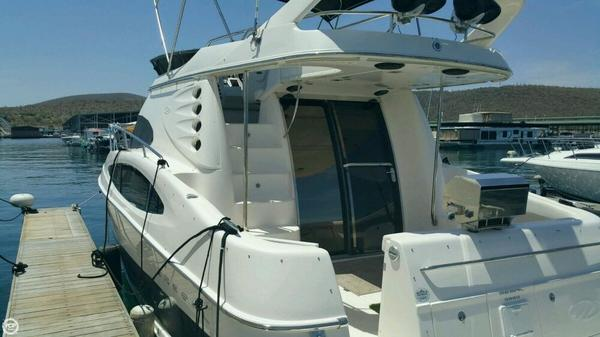 Used Regal 3880 Commodore Flybridge Cruiser Boat For Sale