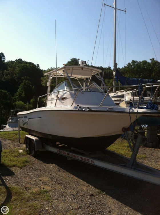 2000 used baha cruisers 240 wac walkaround fishing boat for Used fishing boats for sale in md