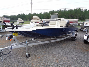 New Xpress Boats Hyper-Lift Bay H20B Bay Boat For Sale