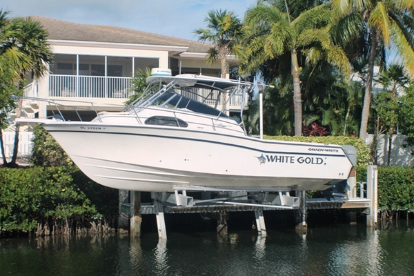 Used Grady-White 30 Marlin Cuddy Cabin Boat For Sale