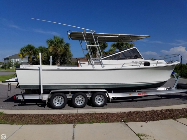 Used Shamrock 260 Cuddy Walkaround Fishing Boat For Sale