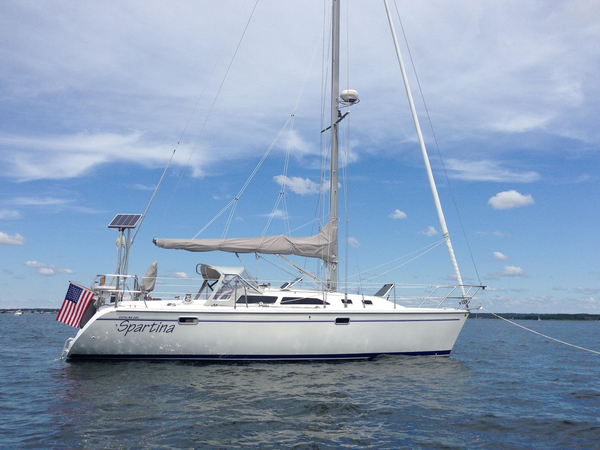 Used Catalina 320 MKII Racer and Cruiser Sailboat For Sale