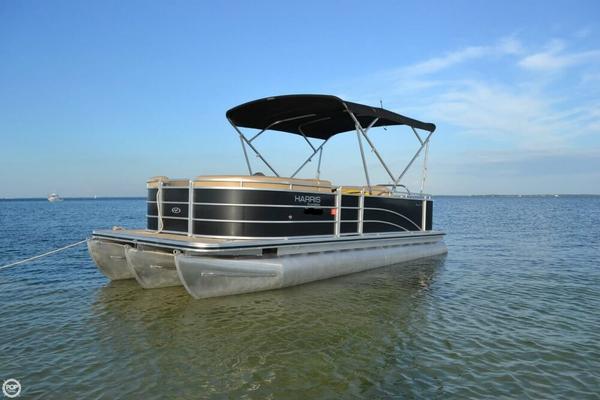 Used Harris FloteBote 220 Cruiser Performance Pontoon Boat For Sale