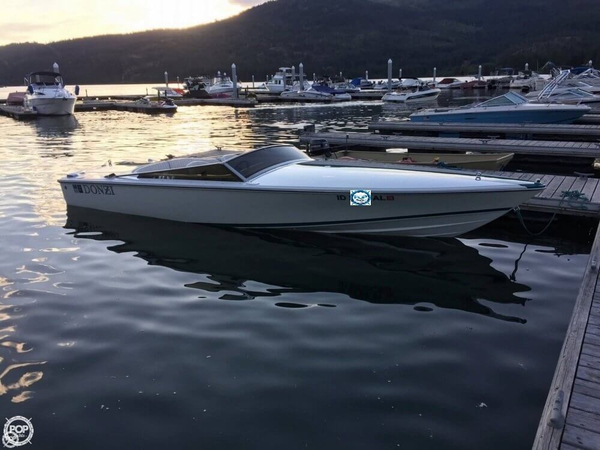Used Donzi Classic 22 High Performance Boat For Sale