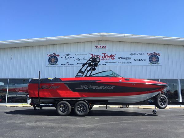 New Supreme S238 Ski and Wakeboard Boat For Sale