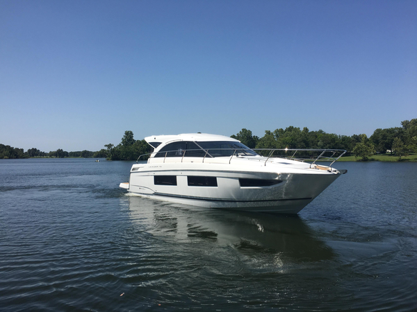 New Jeanneau Leader 46 Sports Cruiser Boat For Sale