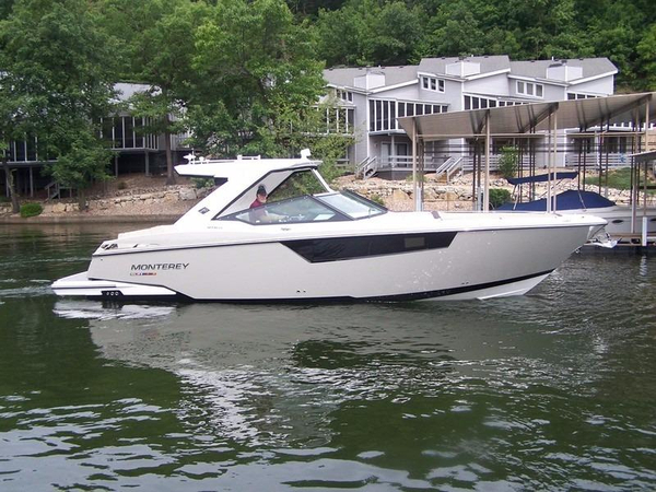 New Monterey 378 SE Bowrider Cuddy Cabin Boat For Sale