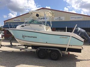 Used Seaswirl Striper 2101 Walkaround OB Saltwater Fishing Boat For Sale