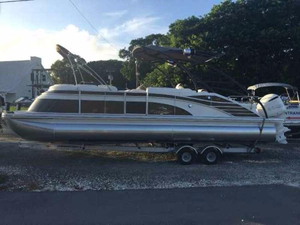 New Bennington 2575 QCW Sport Tower Pontoon Boat For Sale