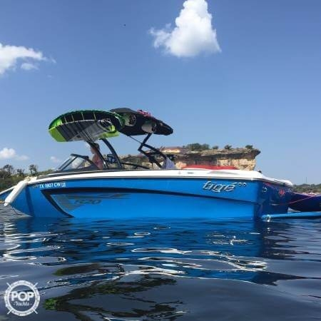 Used Tige R20 Ski and Wakeboard Boat For Sale