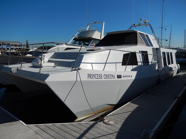 Used Custom Houseboat Twin Diesel Power Pilothouse Boat For Sale