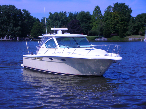 Used Tiara 3000 Open Cruiser Boat For Sale