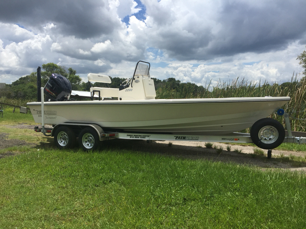 New Pathfinder 2200TE Bay Boat For Sale