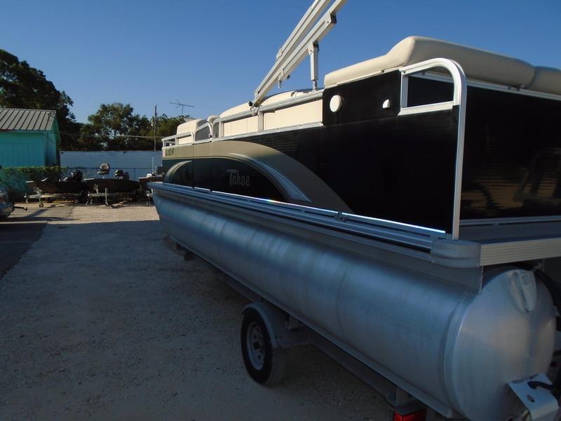2014 used tahoe pontoons lt bow fish pontoon boat for sale for Used fishing pontoon boats for sale