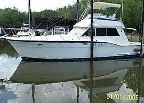 Used Hatteras Convertable Cruiser Boat For Sale