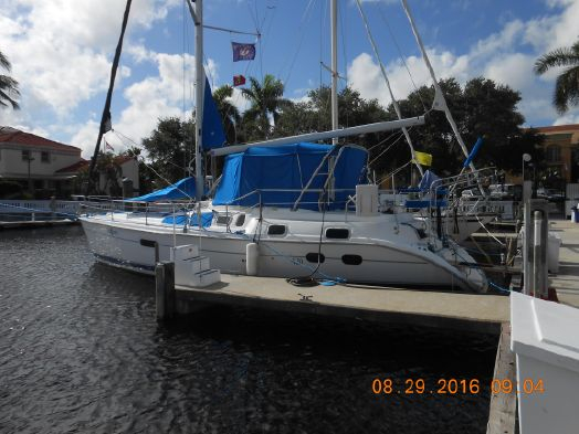 Used Hunter 420 Cruiser Sailboat For Sale
