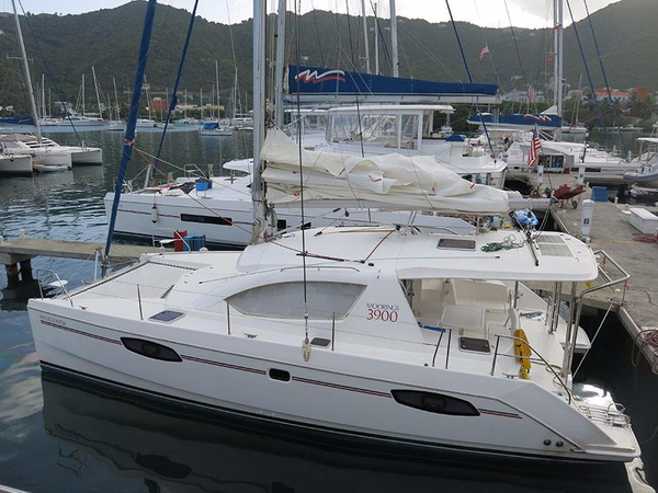 Used Robertson And Caine Leopard 39 3 Cabin Catamaran Sailboat For Sale