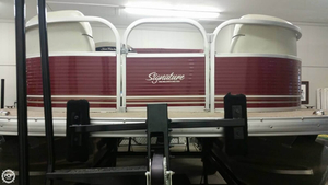 Used Sun Tracker Party Barge 20 DLX Signature Series Pontoon Boat For Sale